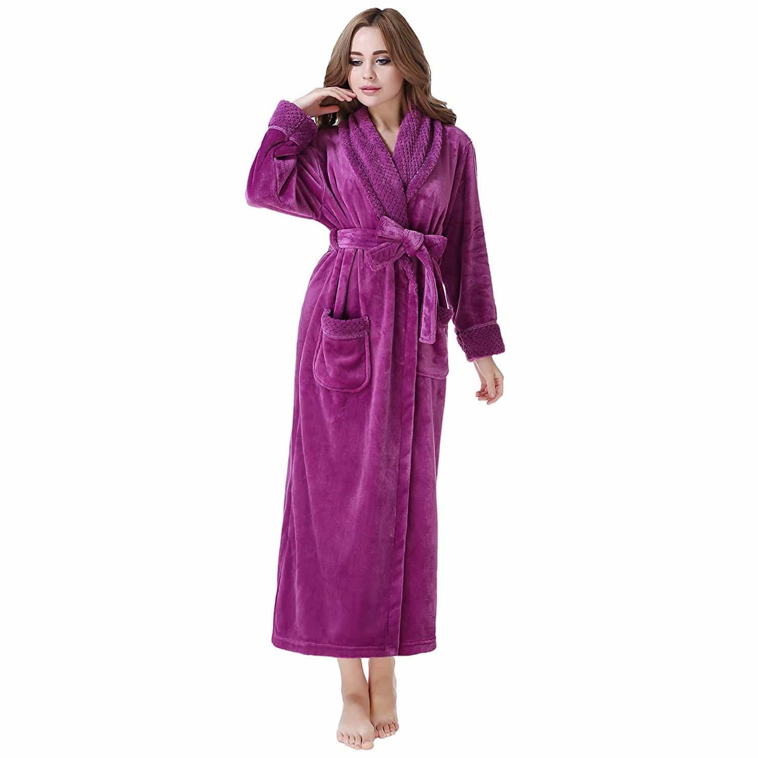 who makes the best bathrobes