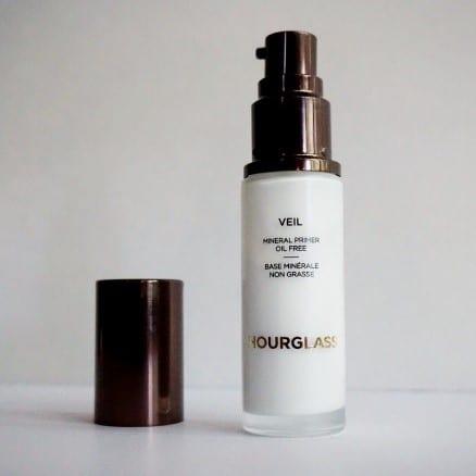 best oil control primer